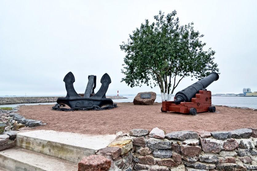 Форт Константин и музей маяков